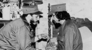 'Ever Onward to Victory': How Che Guevara & Fidel Castro's Legacy Helping Cuba Fight COVID-19